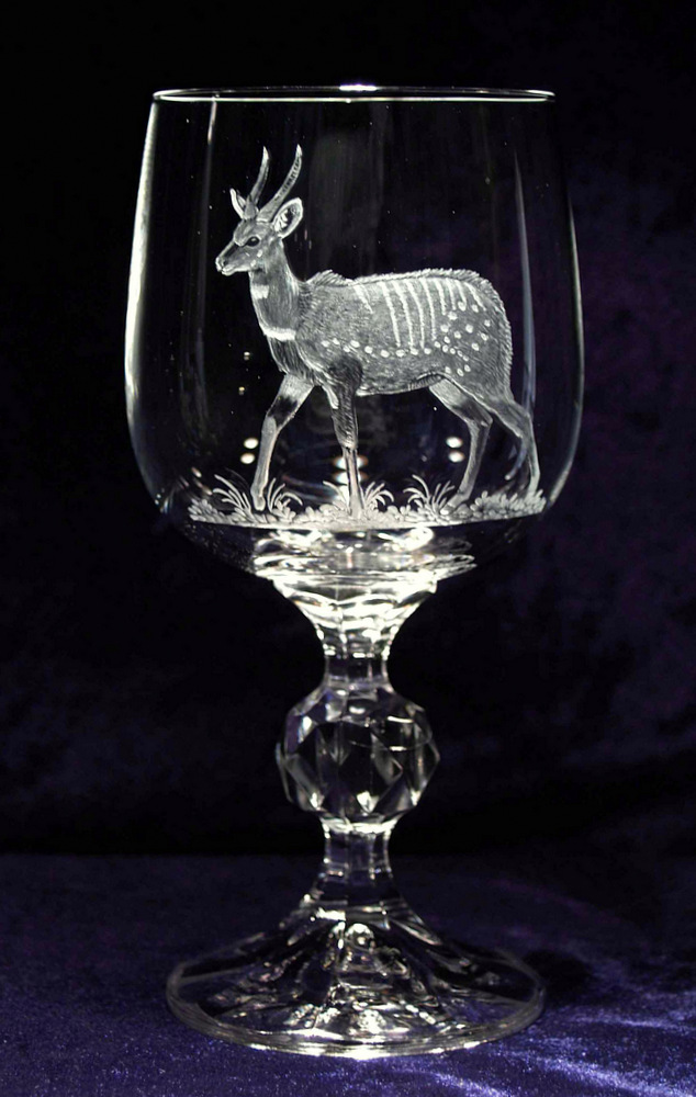 Crystal Wine Glass with Bushbuck