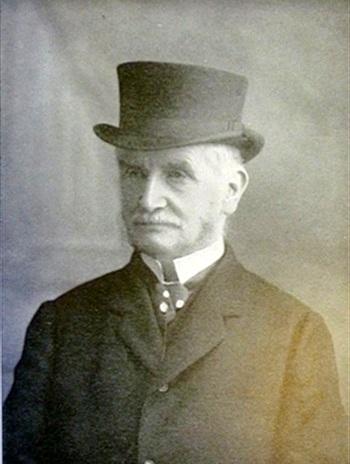Leslie B Taylor