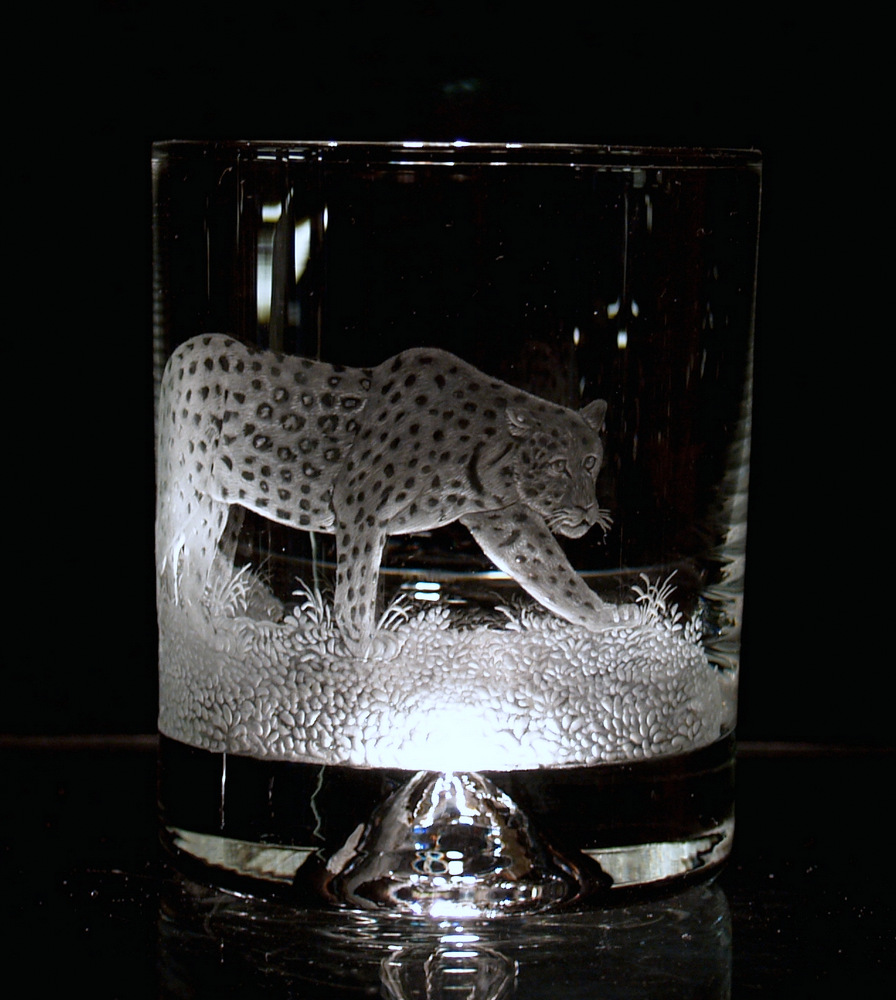 Crystal Glass Tumbler with Leopard