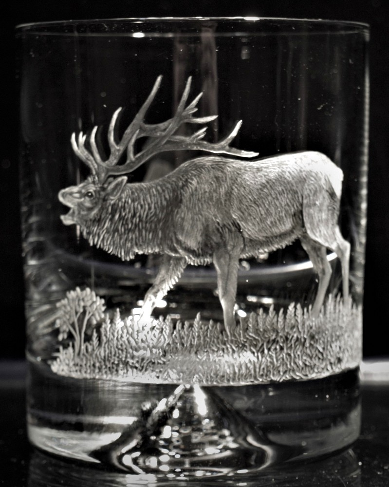 Crystal Glass Tumbler with Elk