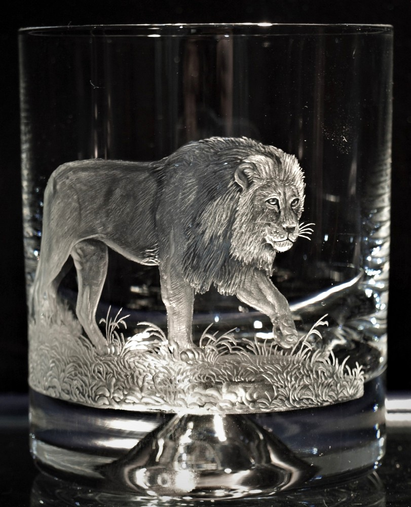 Crystal Glass Tumbler with Lion
