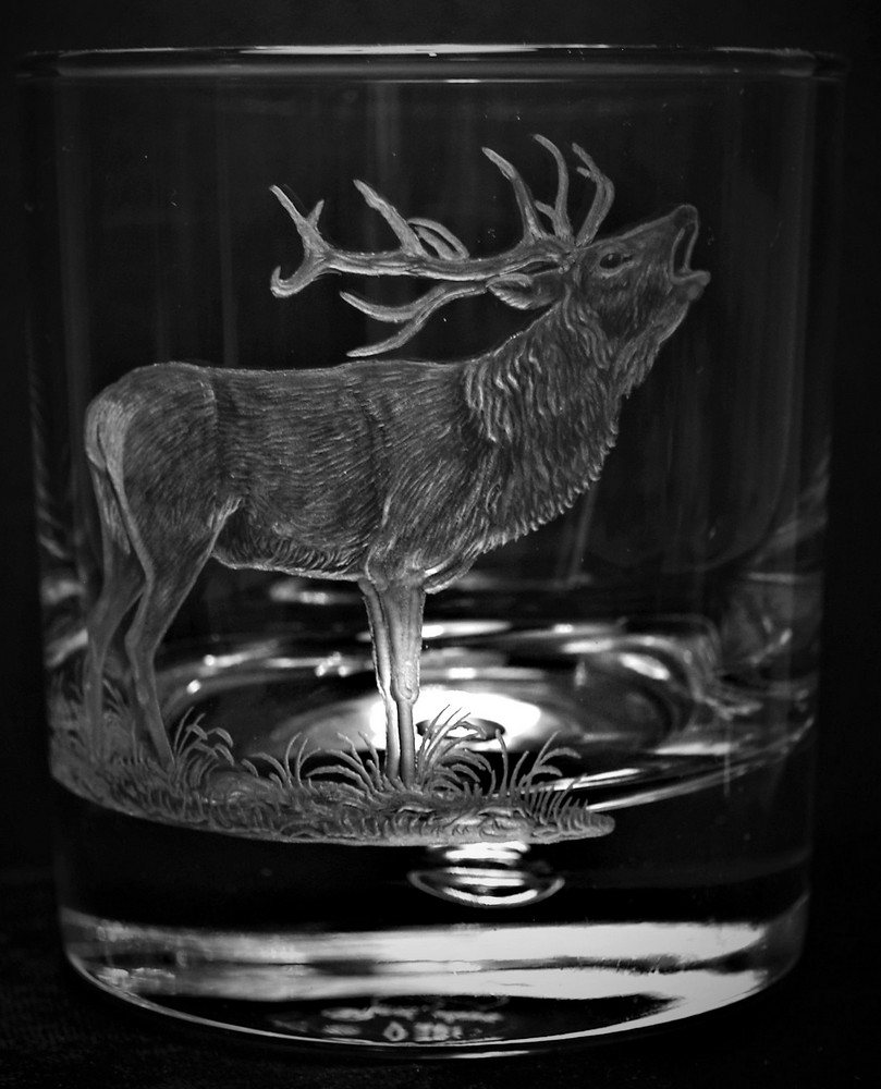 Crystal Glass Tumbler with Red Deer