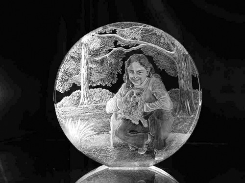 Optical Crystal Glass Circle of Girl with Dog