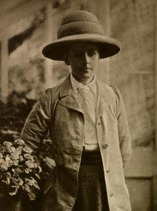 Isabel Savory